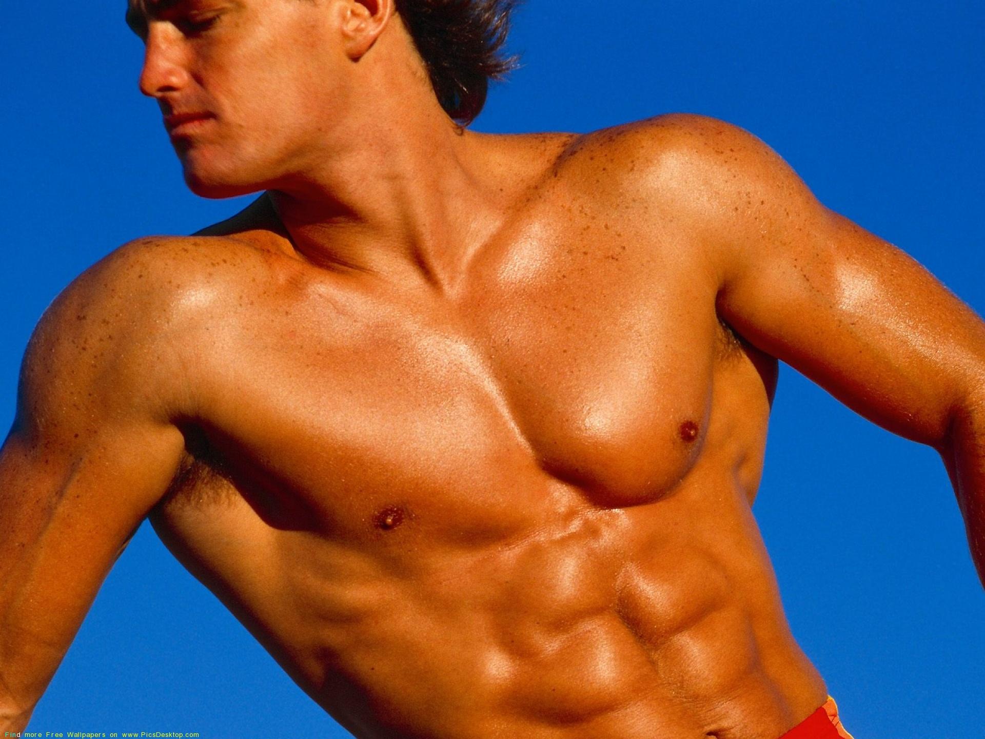 Фото одного и того же мускулистого парня 24 фотография